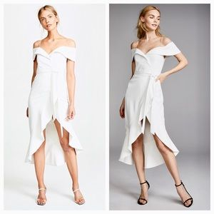 09ce6264fce Alice + Olivia Dresses - Alice Olivia Josie off shoulder ruffle wrap dress
